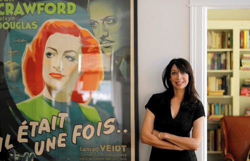 Illeana Douglas' 'great bunch of stories' includes one about Brando - Los Angeles Times