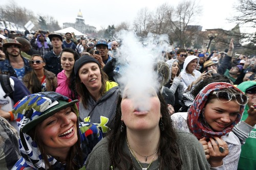 Colorado seeks permission to grow pot at state universities - Los Angeles Times