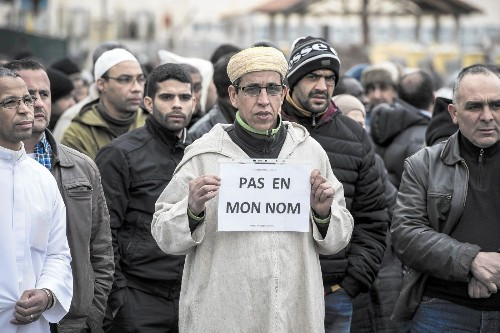 French Muslims resent scrutiny after Charlie Hebdo attack