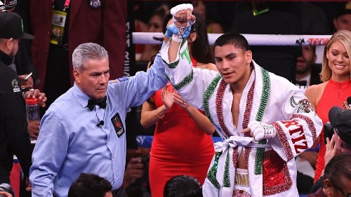 Vergil Ortiz Jr.'s one-punch power, KO streak put to test against Antonio Orozco
