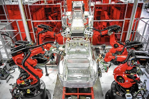 Tesla factory racing to retool for new models - Los Angeles Times