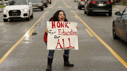 LAUSD teachers' strike, Day 5: The sun's out, L.A. strikers gather, and hopes rise for a settlement - Los Angeles Times
