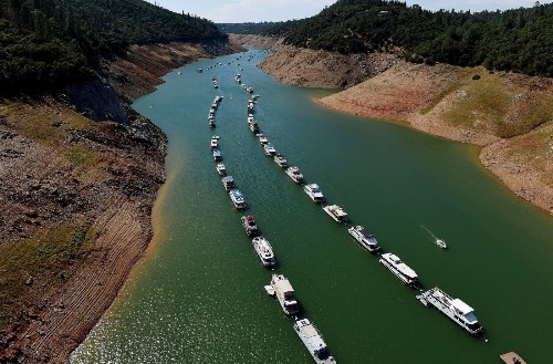 Steamed: Californians critical of neighbors' response to drought, poll finds - Los Angeles Times