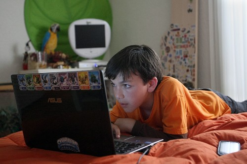Will a smartphone-free bedroom help your kid sleep longer?