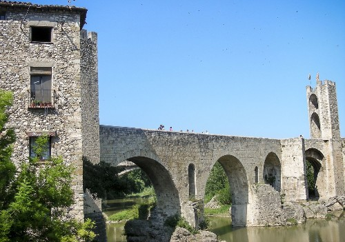 Besalú, the most interesting Spanish village you've never heard of - Los Angeles Times