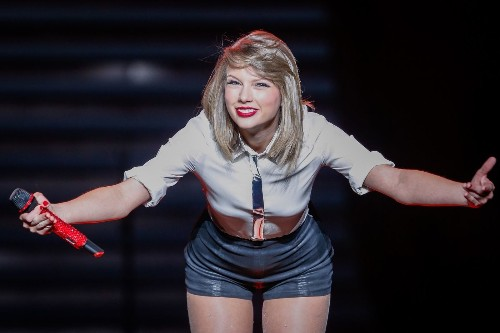 'The music industry is not dying' -- Taylor Swift - Los Angeles Times