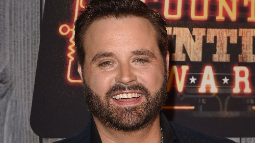 Randy Houser engaged to 'Runnin' Out of Moonlight' writer's sister-in-law