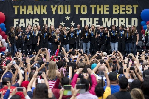 U.S. women's soccer team will get ticker-tape parade in New York - Los Angeles Times