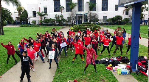 LAUSD strike dancers get viral boost from Rep. Ocasio-Cortez - Los Angeles Times
