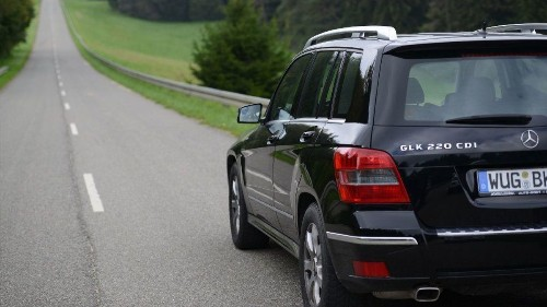 As Europe orders a recall, EPA's inquiry into Mercedes emissions drags on