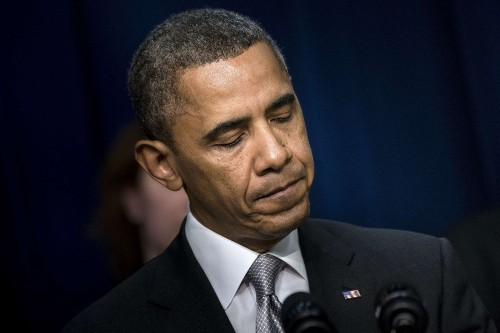 Obama says he can't use iPhone due to security, must use BlackBerry - Los Angeles Times