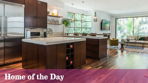 Home of the Day: Venice contemporary made for walking - Los Angeles Times