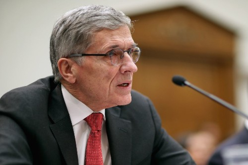 Big broadband firms want 'unfettered power' over Internet: FCC chief - Los Angeles Times