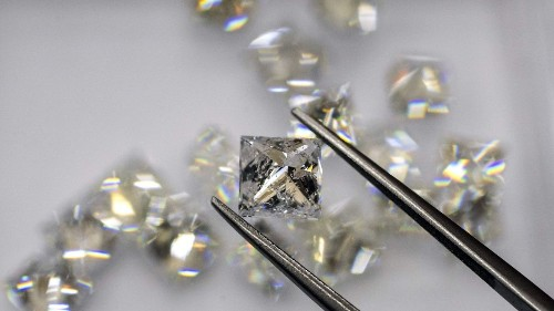 What scientists found trapped in a diamond: a type of ice not known on Earth - Los Angeles Times
