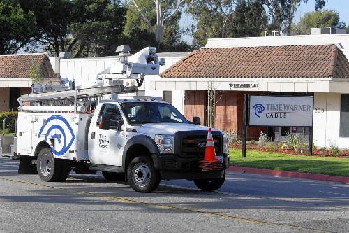 L.A. sues Time Warner Cable over past fees