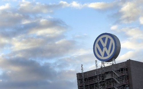 Porsche pulled into VW emissions-cheating scandal with new EPA charges