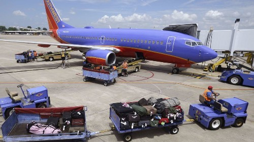 Southwest Airlines seeks more revenue, but rules out bag fees