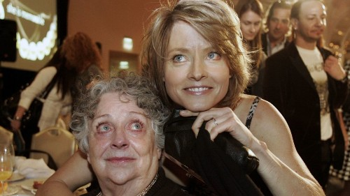 Evelyn 'Brandy' Foster, who guided her daughter Jodie to two Academy Awards, dies at 90