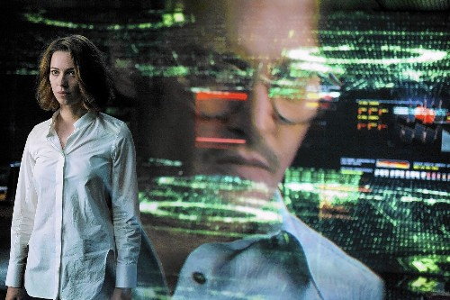 'Transcendence'? Not in this Johnny Depp sci-fi thriller - Los Angeles Times