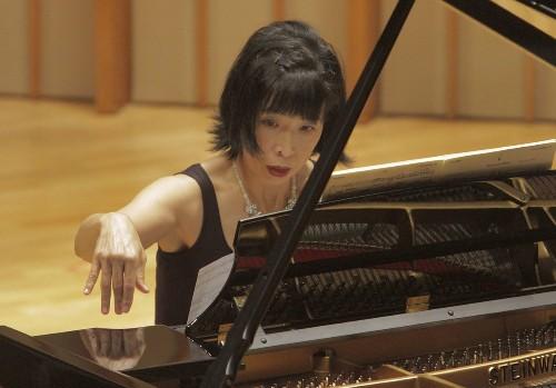 SoCal classical music listings, May 19-26: Season closers for LACO, Jacaranda and more