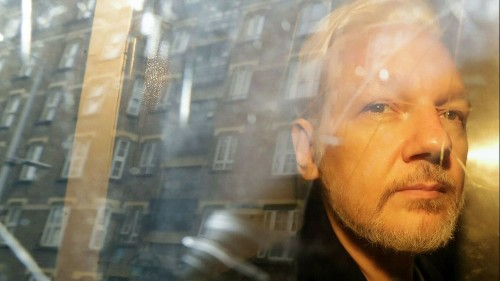 Harvard radicals, Julian Assange and the right to 'liberate' the mail of the ruling class