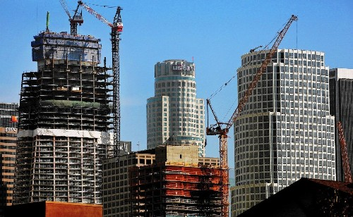 New skyscrapers vie for West Coast's 'tallest' title - Los Angeles Times