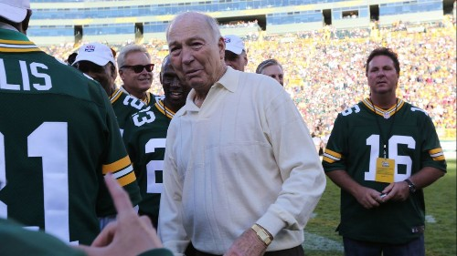 Bart Starr, Packers legend who led team to first Super Bowl titles, dies at 85