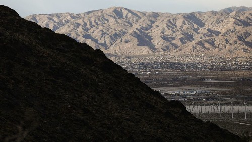 Palm Springs on ice: Plans for 10,000-seat hockey arena announced