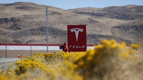 How Elon Musk might make $920 million in Tesla debt go away - Los Angeles Times