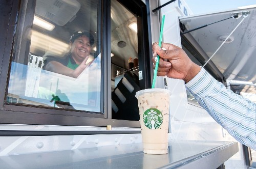 How to win free Starbucks for 30 years, including pumpkin spice lattes - Los Angeles Times