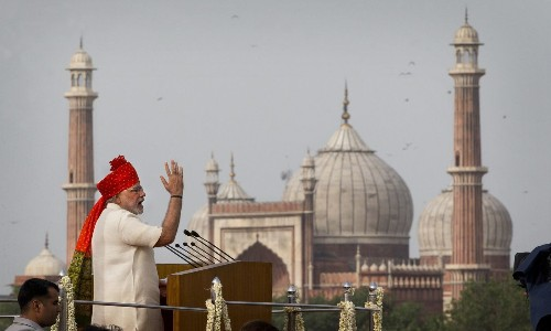 New Indian leader Modi raises issue of rape on Independence Day
