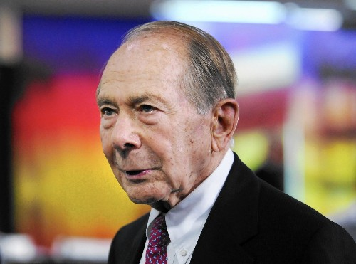 Maurice Greenberg puts U.S. handling of AIG bailout on trial