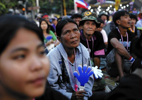 Thai prime minister asks monarchy to dissolve parliament - Los Angeles Times