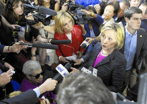 Emails shed light on how Clinton and her team managed Benghazi situation - Los Angeles Times