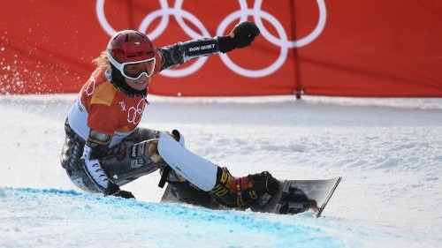 Ester Ledecka pulls off an unprecedented double gold with victory in snowboard parallel giant slalom - Los Angeles Times