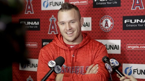 Mike Trout negotiations have not advanced, Angels owner Arte Moreno says