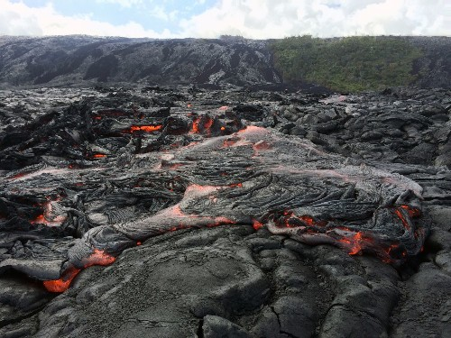 Hawaii: Best places to see Kilauea's latest fiery lava flows