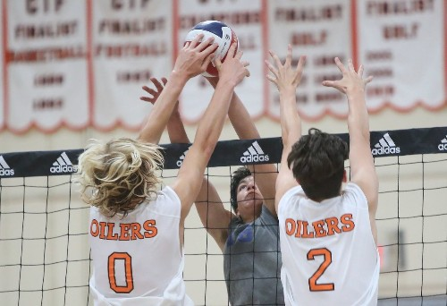 High School Roundup: Huntington Beach boys' volleyball beats Laguna Beach
