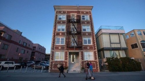 Killing off rent-stabilized apartments to make way for tourist hotels? The struggle for the soul of Venice Bea