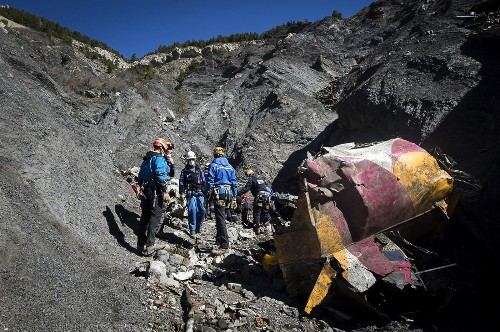 Reports of Germanwings crash video are false, authorities say - Los Angeles Times