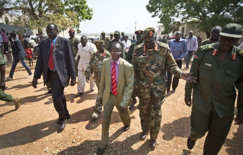 Armed youths reported to be marching toward South Sudan town - Los Angeles Times