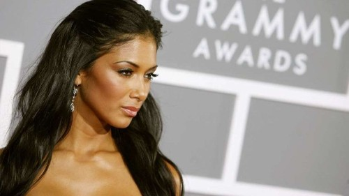 Nicole Scherzinger of the Pussycat Dolls sheds some real estate in Hawaii - Los Angeles Times