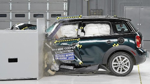 MINI Cooper Countryman wins small car crash tests, Nissan Leaf fails