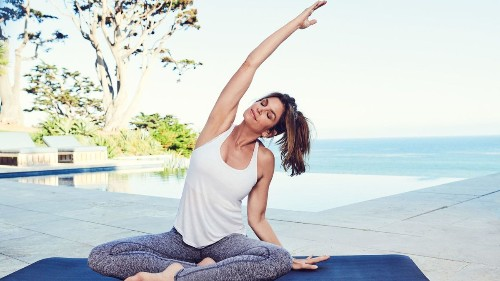Cindy Crawford on diets (relax!), playlists (audiobooks) and spa destinations (Koreatown)
