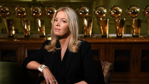 Lakers president Jeanie Buss dishes Playa Vista home for $2.575 million