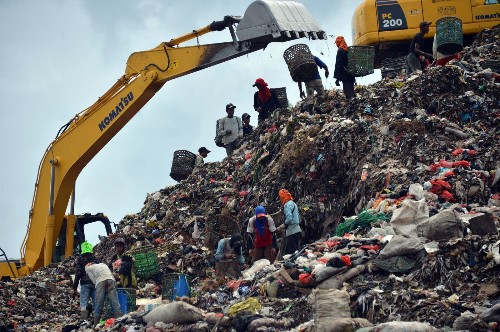 The world's trash crisis, and why many Americans are oblivious