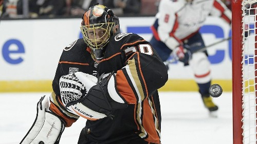 Ducks goalie Ryan Miller's patience pays off with satisfying wins mark
