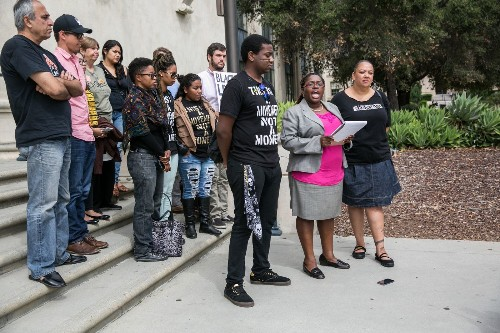 Black Lives Matter activist charged in connection with police confrontation - Los Angeles Times