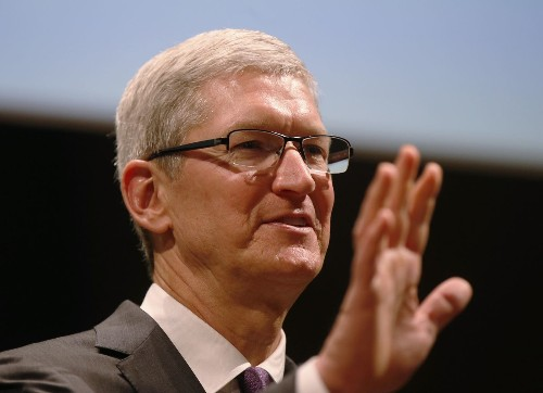 Risks for tech industry abound in Apple-FBI faceoff