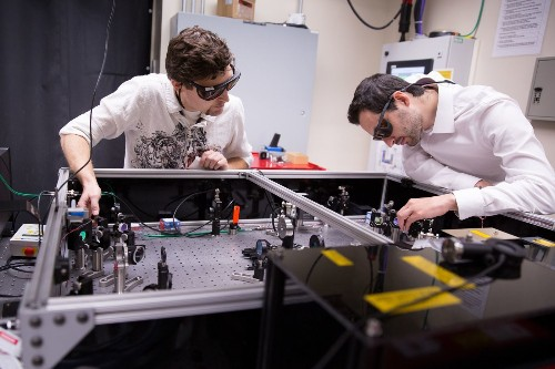 Could plasma-surfing electrons star in future particle accelerators?